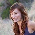 Profile picture of Julie Schoen